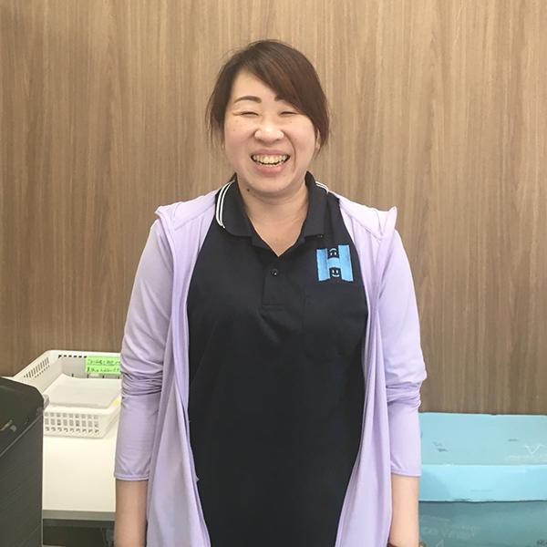岸本 綾佳